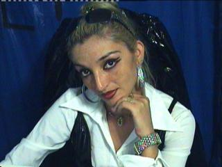 MistressAchlys - The best mistress online is ready to make you bow to her!
