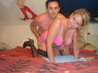 Anal-Sex, Fetisch, Oralsex, Outdoor, Parkplatz-Sex, Rollenspiele, Schlucken, Sexspielzeug, Swinger, Voyeurismus, Frech, Neugierig, Romantisch, Verspielt, Zärtlich