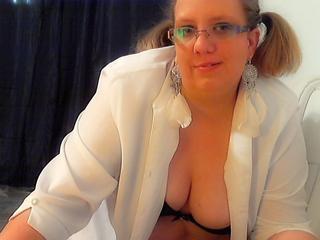LaraSofie - Sex Cam