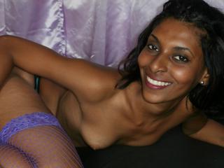 Anal-Sex, Kaviar, Natursekt, Oralsex, Outdoor, Schlucken, Sexspielzeug, Swinger, Ehrlich, Naiv, Tabulos, Verspielt, Zärtlich
